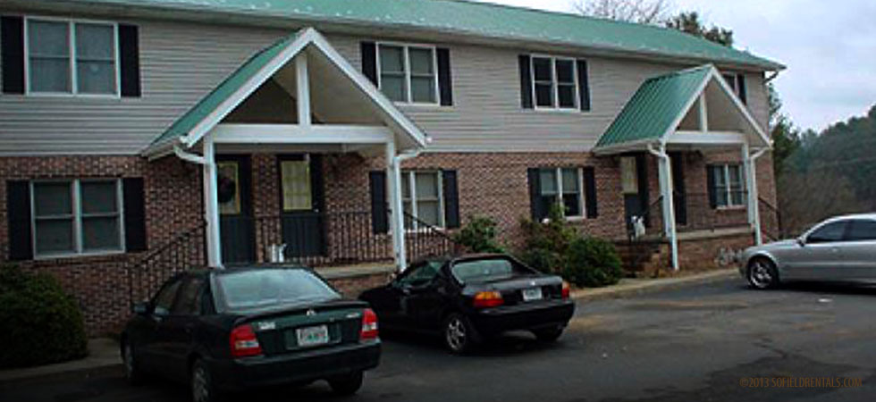 Green Gables Condo #04 in Mountain City, TN